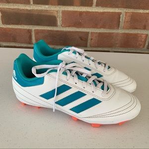 Adidas Boys Soccer Cleats Size US 5.5 Green White